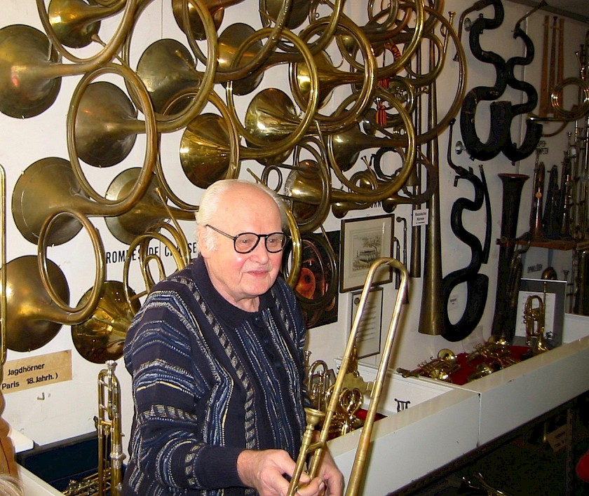 Karl Burri in February 2003 with his baroque trombone