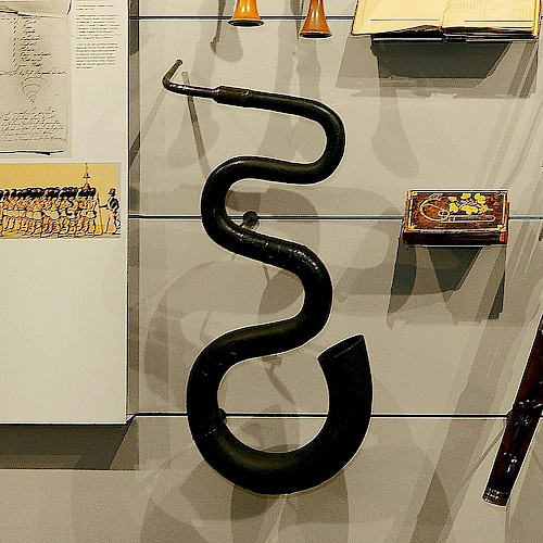 Serpent, early 19th century